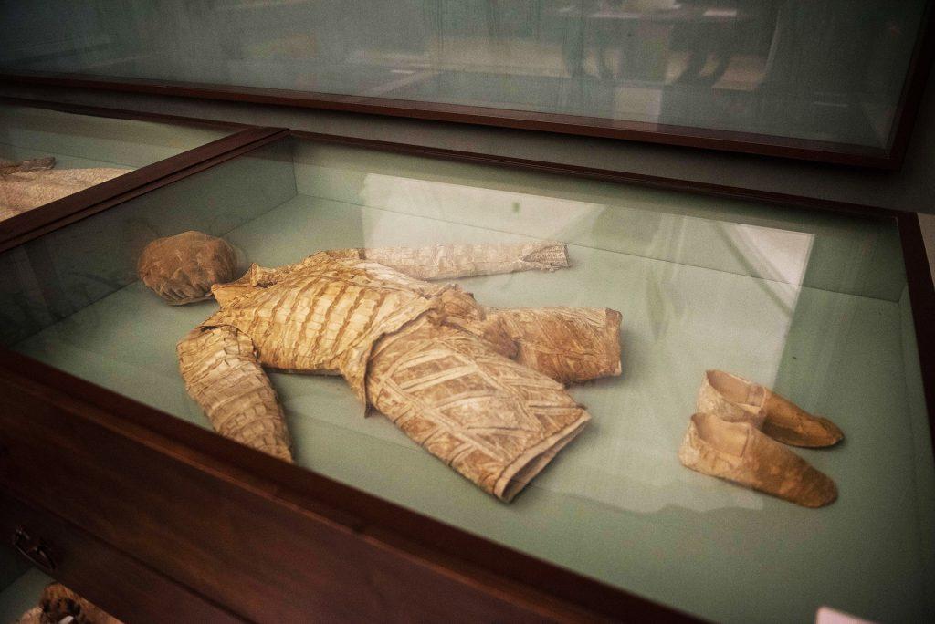 Museo San Domenico Maggiore, la collezione di abiti del XVI secolo